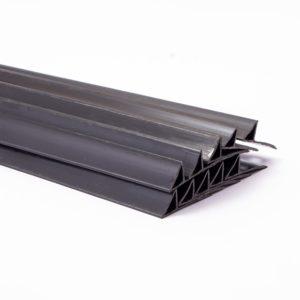 Plasti-Corner With Wedging (Nailing) Lip